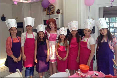 Melissa and tweens at baking party
